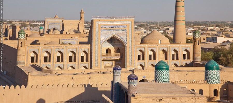Świata poznawanie w Uzbekistanie