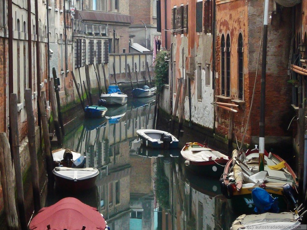 Wenecja – po drugiej stronie lustra