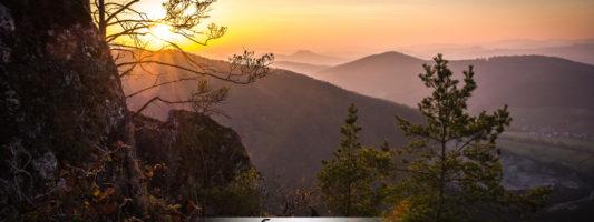 Góry Strażowskie - złota jesień w górach