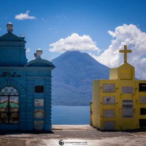 Kolorowy cmentarz w Sololi - Gwatemala (fotowyprawy.com)