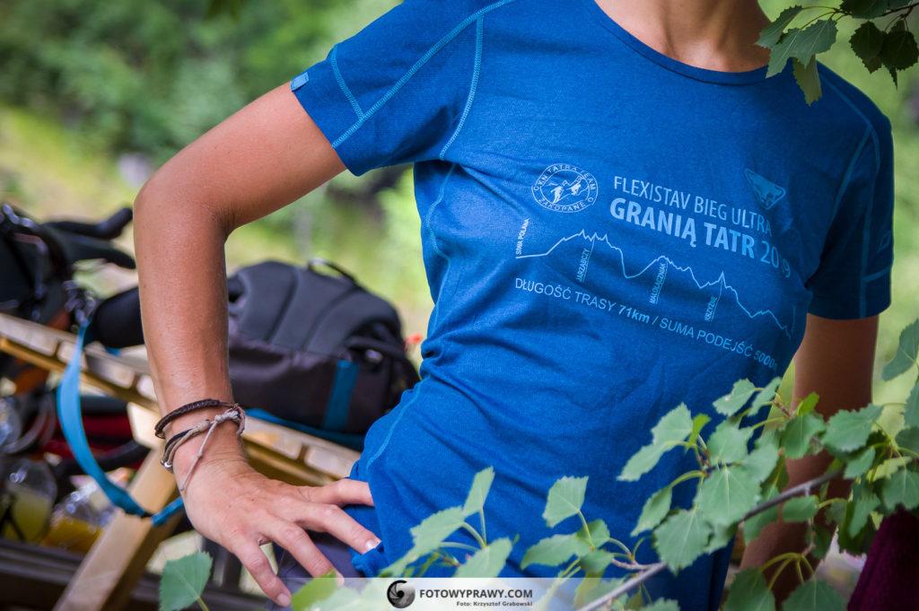 Niektóre ciuchy są najlepsze: Koszulka-pamiątka z Biegu Granią Tatr.
